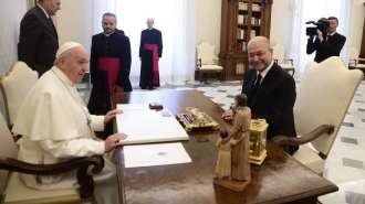 Papa Francesco incontra il presidente dell'Iraq: incoraggiare la via del dialogo